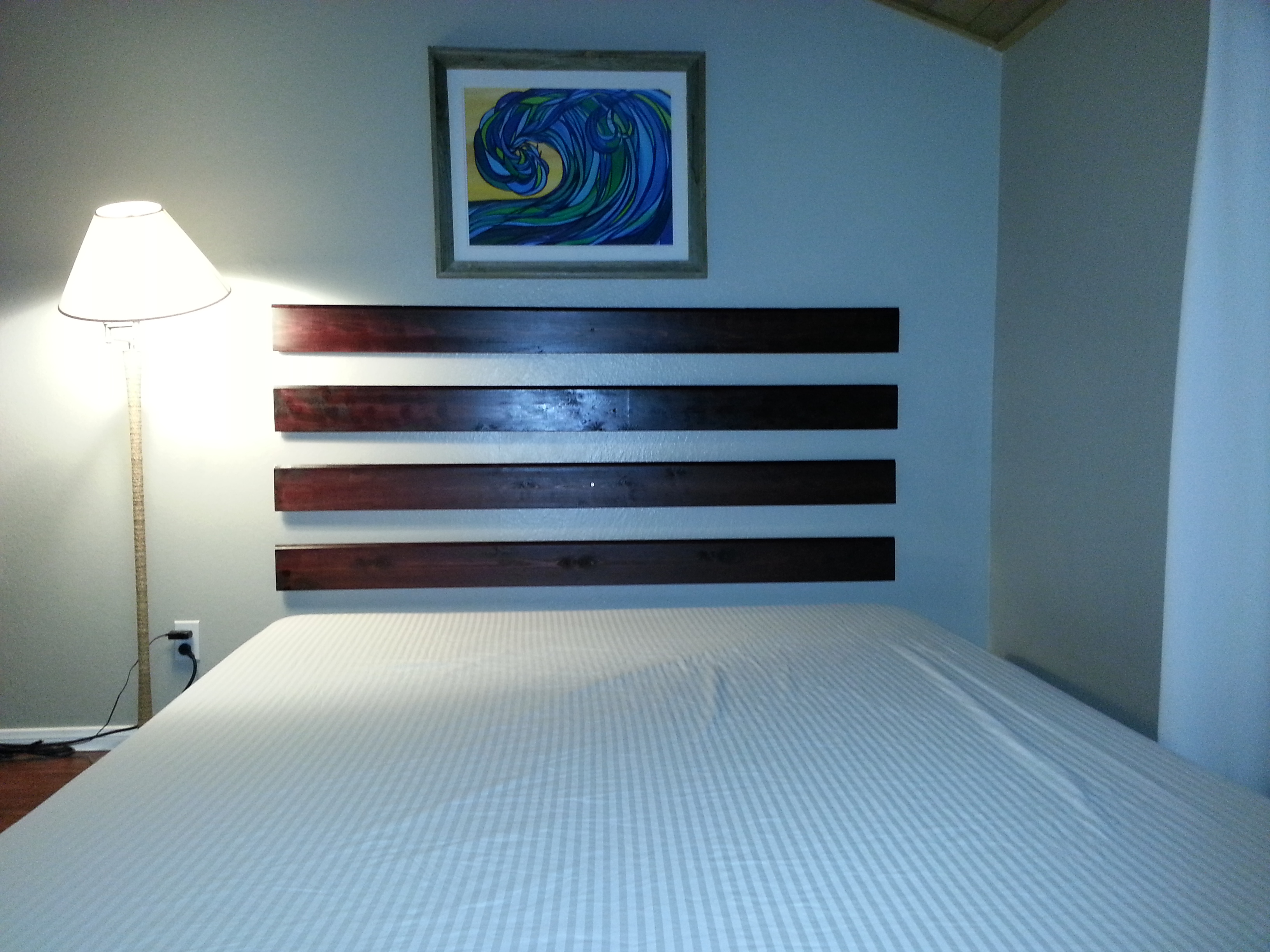 DIY  How to make a Floating Headboard for Cheap and Easy